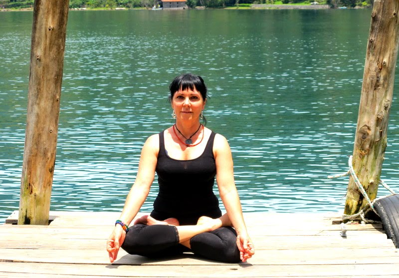 Curra Berrocal: «Un yogui nunca mira al cielo para ver a Dios, porque sabe que está adentro»