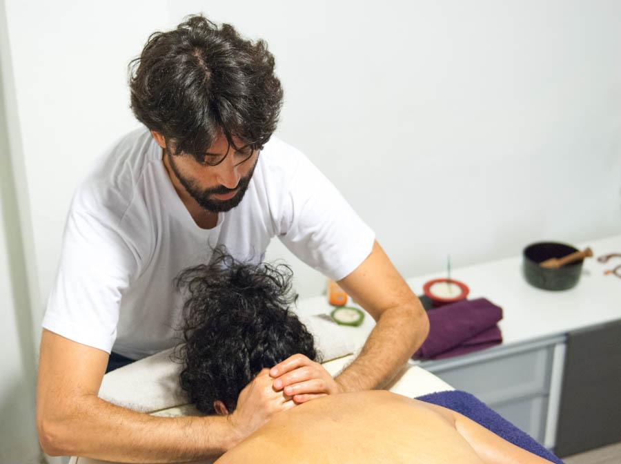 Víctor Taltavull, terapeuta y formador Ayurveda: «Lo que para uno es veneno, para otro es néctar divino»